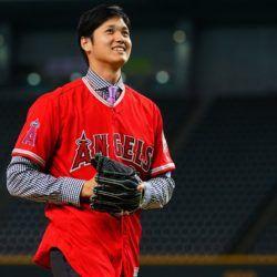 Angelinos recomiendan que Shohei Ohtani se someta a una cirugía Tommy John