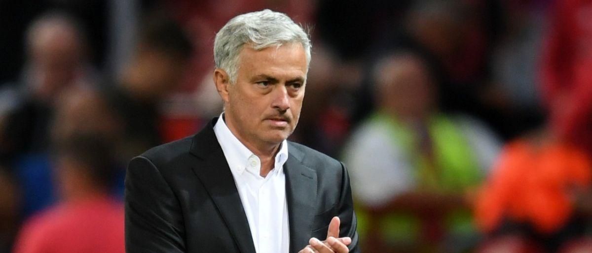Man-U despide a Mourinho tras dos años y medio
