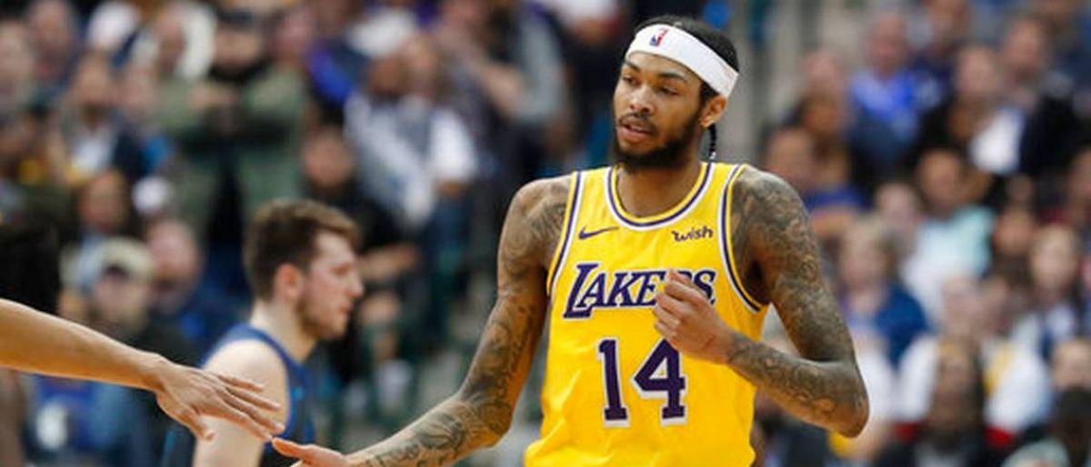 Ingram y Ball llevan a Lakers a triunfo sobre Mavs
