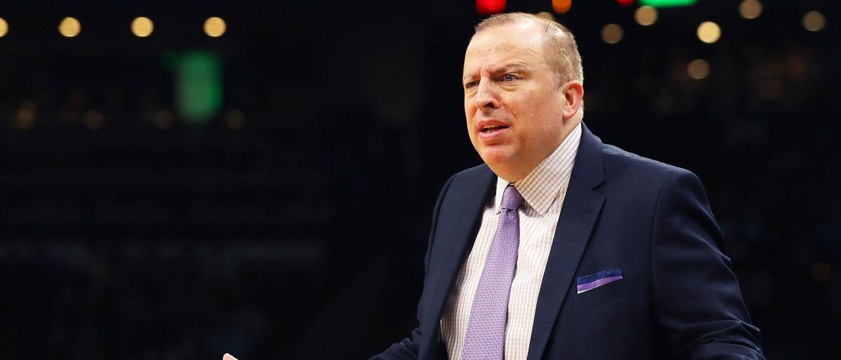 Timberwolves despiden al coach Tom Thibodeau