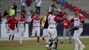 Venezuela gana duelo monticular a Cuba en Serie del Caribe