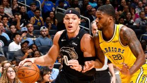 Gordon anota 22 y Magic se impone a Warriors