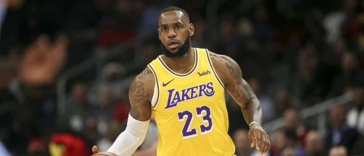La camiseta de LeBron con los Lakers es la más vendida