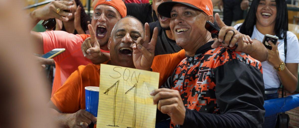 Lino Rivera hace historia en el beisbol dominicano