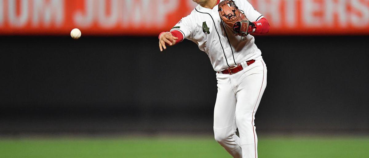 Iglesias pacta por un año con los Orioles