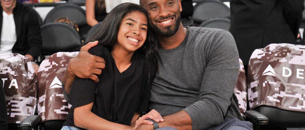 Mueren Kobe Bryant y su hija en accidente de helicóptero