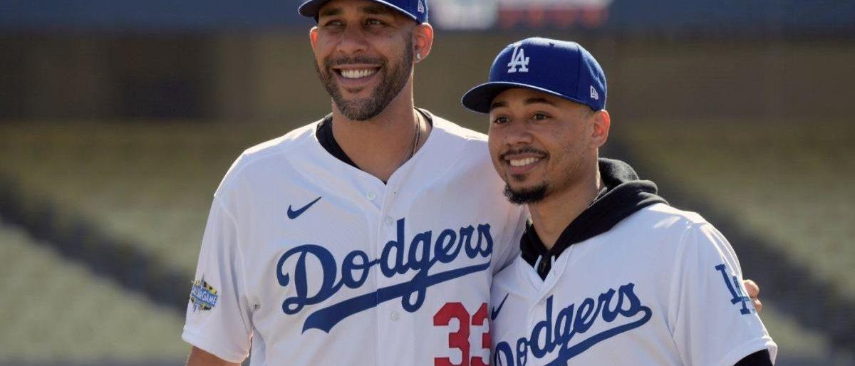 Los Dodgers presentaron a Betts y Price en L.A.