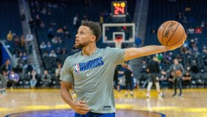 Stephen Curry reaparece esta noche vs Raptors