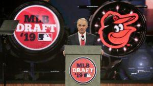 Dueños de Grandes Ligas discutirán duración del draft