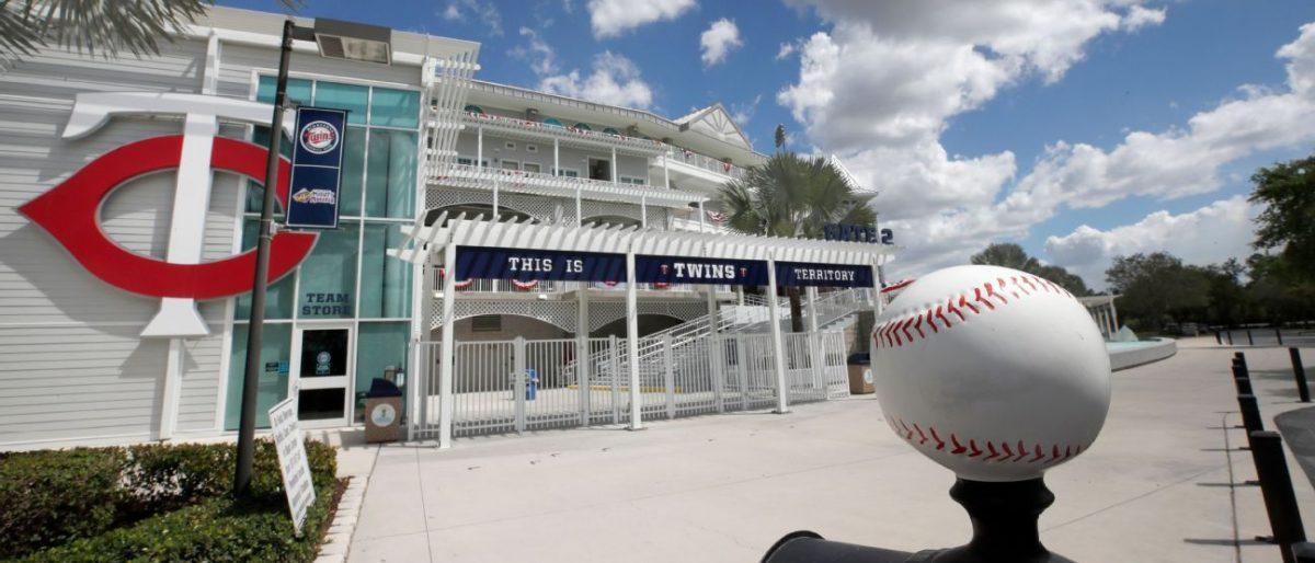 Dueños MLB votan para proceder con temporada 2020 según acuerdo de marzo
