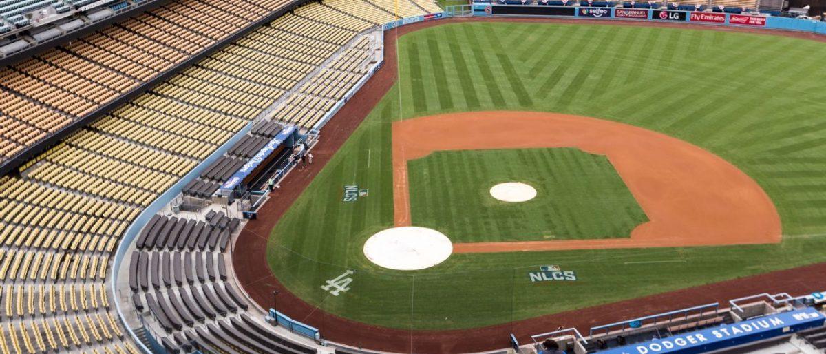 Dodgers venden lugares para imágenes de los aficionados