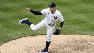 Ottavino pasa de Yankees a Medias Rojas