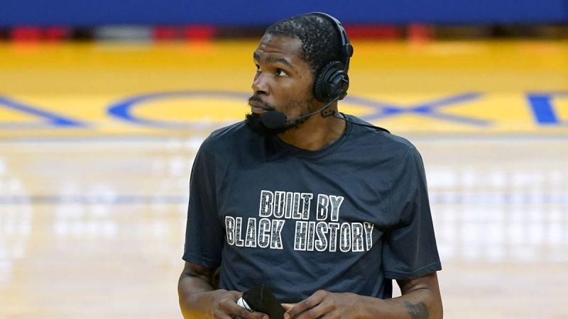 Kevin Durant perderá al menos dos juegos por tirón en el muslo