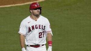 Trout sigue esperando esperando para ganar en playoffs