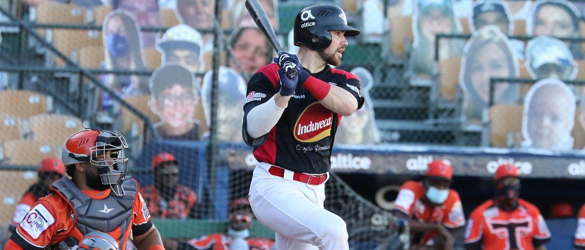 Leones traerán una vez más al catcher Brett Sullivan